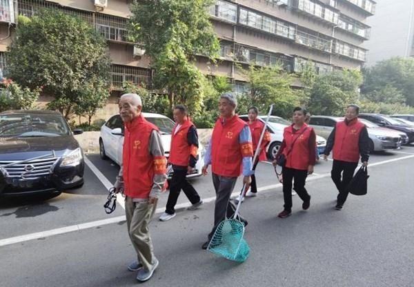 平顶山市新华区:党员退休不褪色 志愿服务助创文