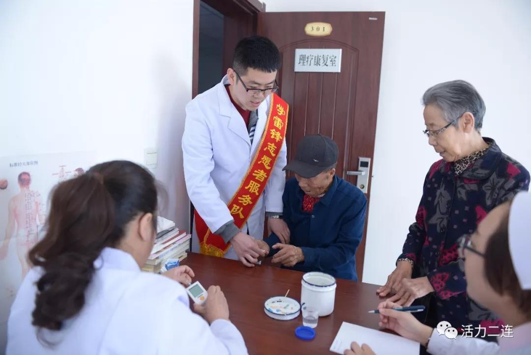 """宁夏:银龄志愿服务队托起社区""""夕阳红"""""""